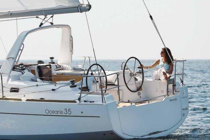 location bateau b u00e9n u00e9teau oceanis 35 u0026 39